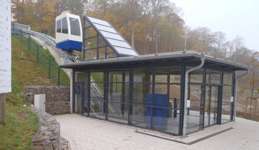 Goehren 00 900x522 - Strandbahn Ostseebad, Göhren, DE