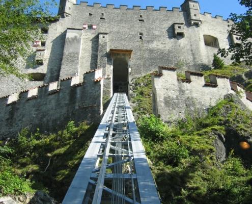 Hohenwerfen 05 Bergeinfahrt 495x400 - Castle Gedeminas, Vilnius, LT