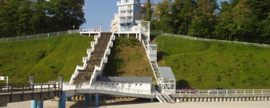 Sellin 00 900x360 - Seebrücke Insel Rügen, Sellin, DE