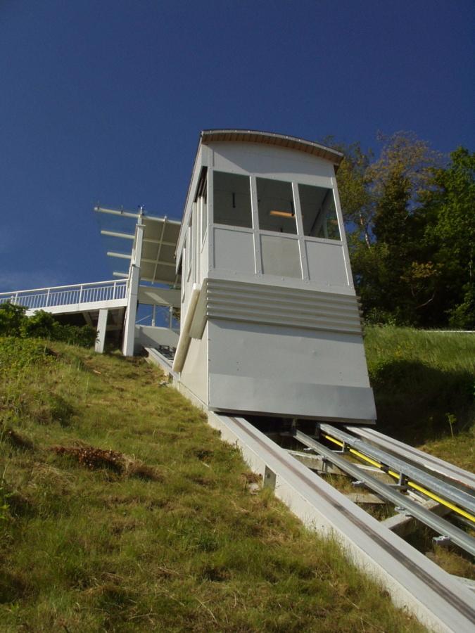 Sellin 03 Bergstation 675x900 - Seebrücke Insel Rügen, Sellin, DE