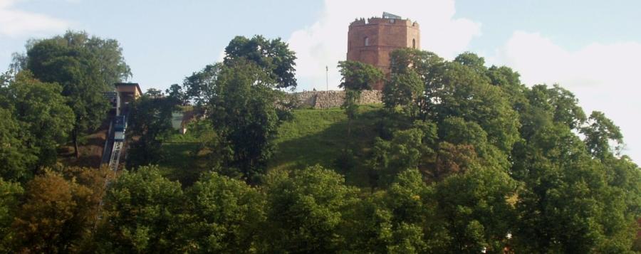Vilnius 00 900x357 - Castle Gedeminas, Vilnius, LT