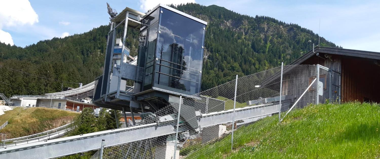 oberstdorf schraegaufzug 1500x630 - Inclined Elevator Sport Audi Arena, Oberstdorf, DE